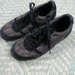 Onitsuka Tiger by Asics Ultimate 81 Sneakers. 7